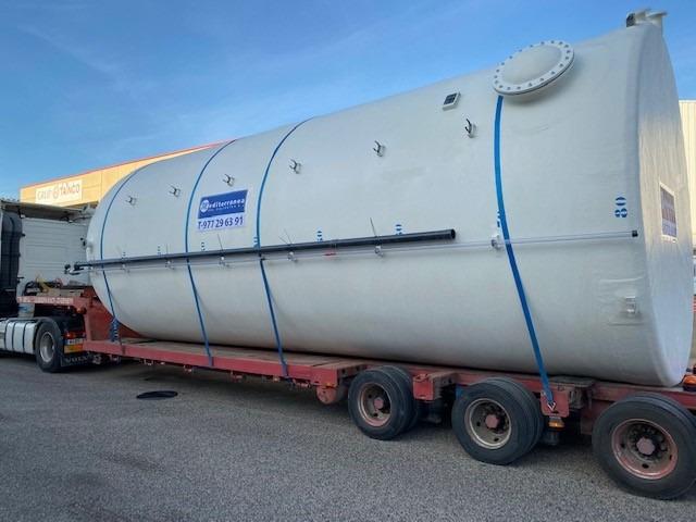 Fabricación de depósito 80 m3 para contener aditivos cerámicos y transporte especial hasta destino